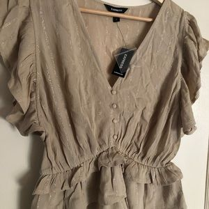 🍂NWT Express blouse
